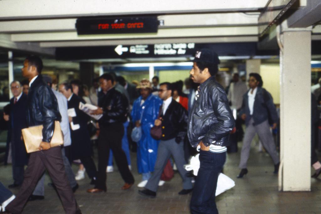 (312k, 1024x682)<br><b>Country:</b> United States<br><b>City:</b> New York<br><b>System:</b> New York City Transit<br><b>Line:</b> IND Queens Boulevard Line<br><b>Location:</b> 179th Street <br><b>Collection of:</b> Collection of nycsubway.org <br><b>Notes:</b> 1980s<br><b>Viewed (this week/total):</b> 0 / 2539