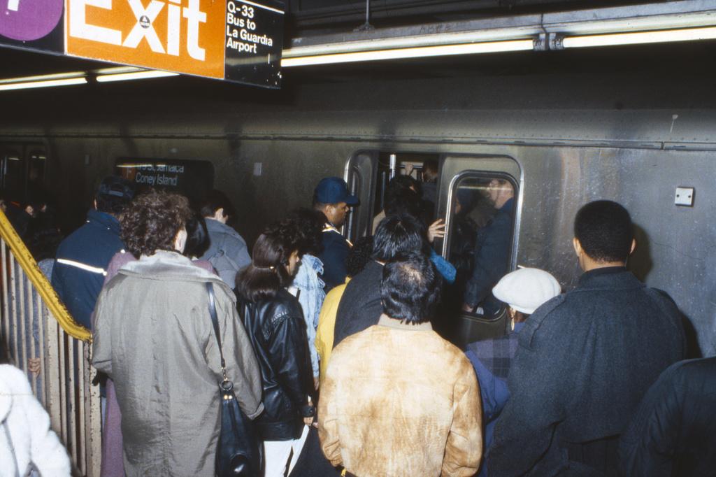 (288k, 1024x684)<br><b>Country:</b> United States<br><b>City:</b> New York<br><b>System:</b> New York City Transit<br><b>Line:</b> IND Queens Boulevard Line<br><b>Location:</b> Roosevelt Avenue <br><b>Route:</b> F<br><b>Car:</b> R-46 (Pullman-Standard, 1974-75)  <br><b>Collection of:</b> Collection of nycsubway.org <br><b>Notes:</b> 1980s<br><b>Viewed (this week/total):</b> 4 / 2330