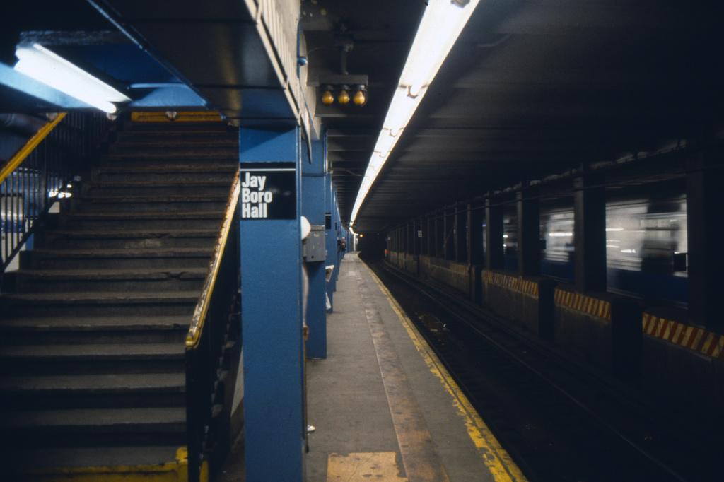(243k, 1024x682)<br><b>Country:</b> United States<br><b>City:</b> New York<br><b>System:</b> New York City Transit<br><b>Line:</b> IND 8th Avenue Line<br><b>Location:</b> Jay St./Metrotech (Borough Hall) <br><b>Collection of:</b> Collection of nycsubway.org <br><b>Notes:</b> 1980s<br><b>Viewed (this week/total):</b> 5 / 1735