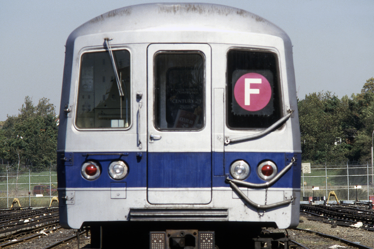 (402k, 1024x682)<br><b>Country:</b> United States<br><b>City:</b> New York<br><b>System:</b> New York City Transit<br><b>Location:</b> Jamaica Yard/Shops<br><b>Car:</b> R-46 (Pullman-Standard, 1974-75) 692 <br><b>Collection of:</b> Collection of nycsubway.org <br><b>Notes:</b> 1980s<br><b>Viewed (this week/total):</b> 3 / 1807