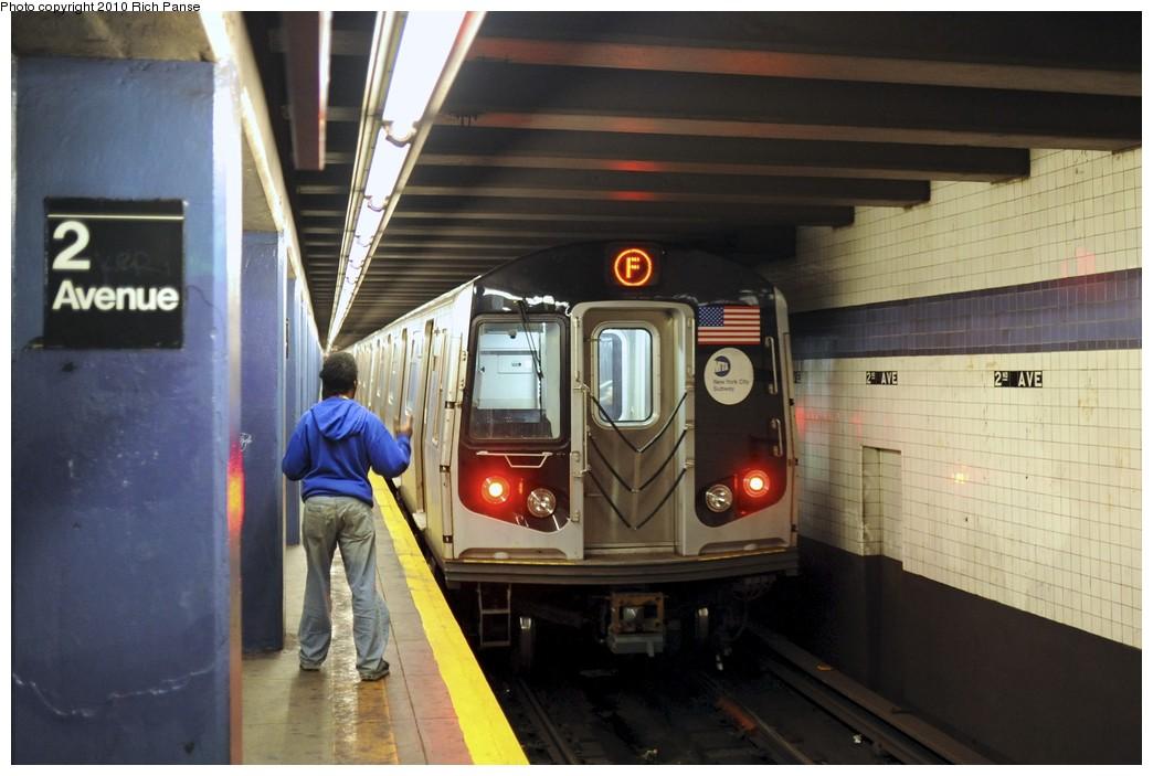 (157k, 1044x703)<br><b>Country:</b> United States<br><b>City:</b> New York<br><b>System:</b> New York City Transit<br><b>Line:</b> IND 6th Avenue Line<br><b>Location:</b> 2nd Avenue <br><b>Route:</b> F<br><b>Car:</b> R-160B (Option 2) (Kawasaki, 2009)  9942 <br><b>Photo by:</b> Richard Panse<br><b>Date:</b> 12/5/2010<br><b>Viewed (this week/total):</b> 0 / 1529