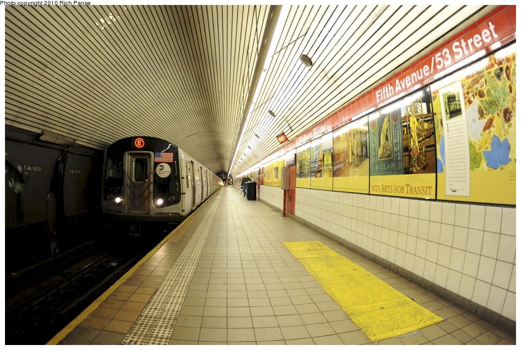 (233k, 1044x702)<br><b>Country:</b> United States<br><b>City:</b> New York<br><b>System:</b> New York City Transit<br><b>Line:</b> IND Queens Boulevard Line<br><b>Location:</b> 5th Avenue/53rd Street <br><b>Route:</b> E<br><b>Car:</b> R-160A (Option 1) (Alstom, 2008-2009, 5 car sets)  9529 <br><b>Photo by:</b> Richard Panse<br><b>Date:</b> 12/5/2010<br><b>Viewed (this week/total):</b> 0 / 2141