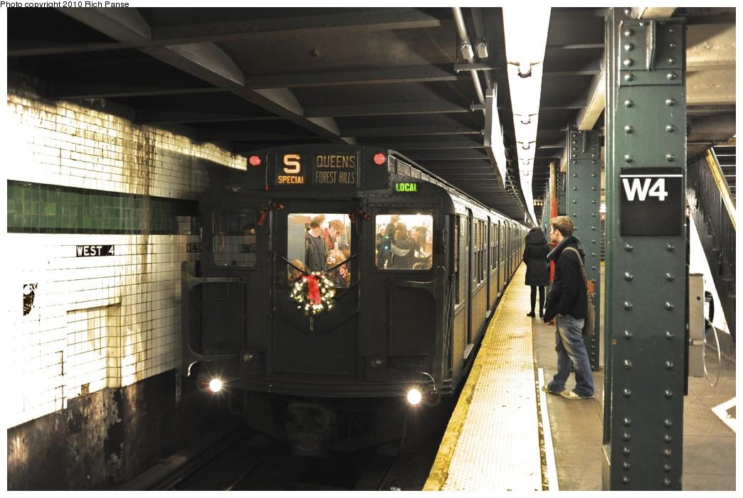 (178k, 1044x701)<br><b>Country:</b> United States<br><b>City:</b> New York<br><b>System:</b> New York City Transit<br><b>Line:</b> IND 6th Avenue Line<br><b>Location:</b> West 4th Street/Washington Square <br><b>Route:</b> Fan Trip<br><b>Car:</b> R-4 (American Car & Foundry, 1932-1933) 401 <br><b>Photo by:</b> Richard Panse<br><b>Date:</b> 12/5/2010<br><b>Notes:</b> Nostalgia train- Sunday Shoppers Special<br><b>Viewed (this week/total):</b> 1 / 1018