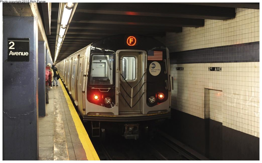 (143k, 1044x649)<br><b>Country:</b> United States<br><b>City:</b> New York<br><b>System:</b> New York City Transit<br><b>Line:</b> IND 6th Avenue Line<br><b>Location:</b> 2nd Avenue <br><b>Route:</b> F<br><b>Car:</b> R-160B (Option 2) (Kawasaki, 2009)  9917 <br><b>Photo by:</b> Richard Panse<br><b>Date:</b> 12/5/2010<br><b>Viewed (this week/total):</b> 1 / 758