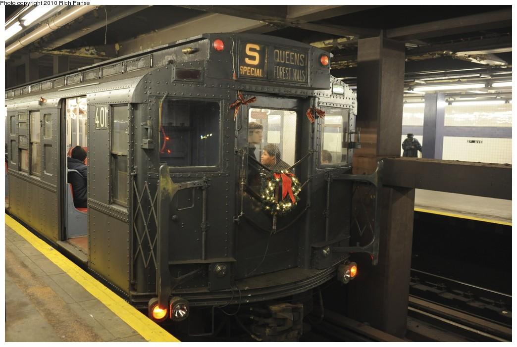 (167k, 1044x701)<br><b>Country:</b> United States<br><b>City:</b> New York<br><b>System:</b> New York City Transit<br><b>Line:</b> IND 6th Avenue Line<br><b>Location:</b> 2nd Avenue <br><b>Route:</b> Fan Trip<br><b>Car:</b> R-4 (American Car & Foundry, 1932-1933) 401 <br><b>Photo by:</b> Richard Panse<br><b>Date:</b> 12/5/2010<br><b>Notes:</b> Nostalgia train- Sunday Shoppers Special<br><b>Viewed (this week/total):</b> 0 / 871