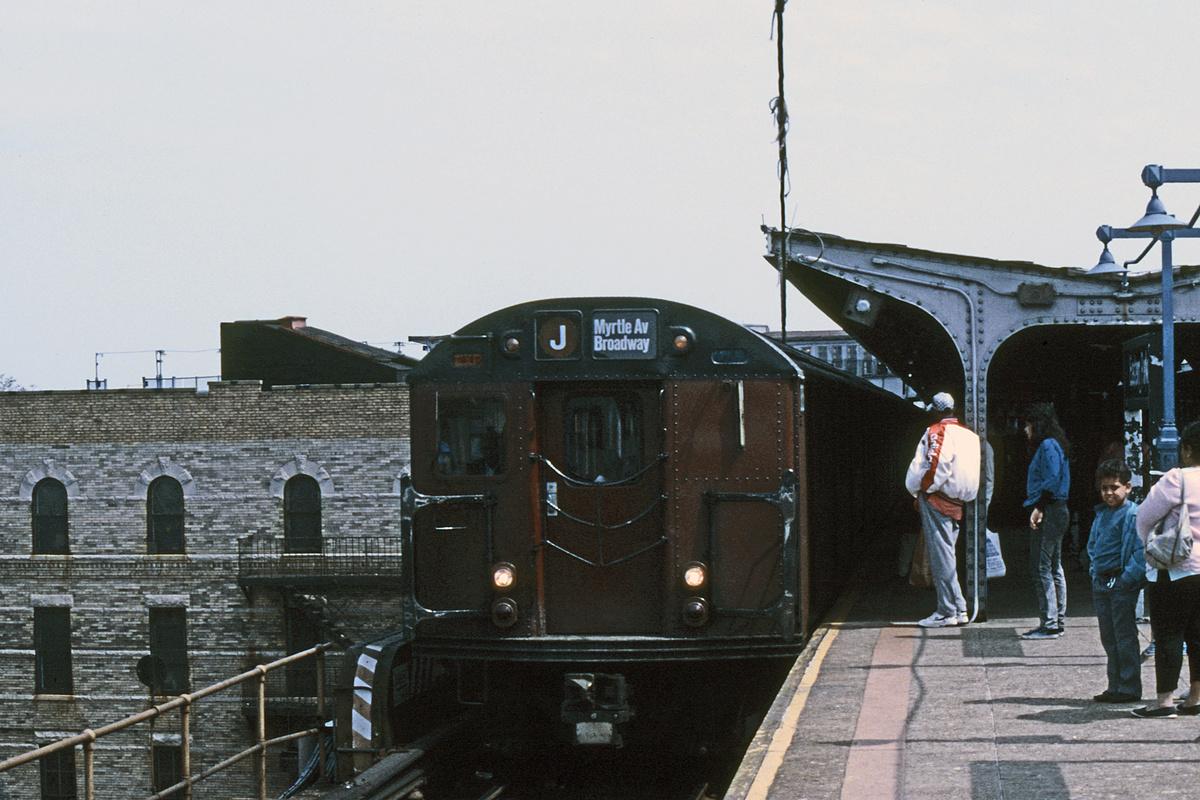 (317k, 1024x683)<br><b>Country:</b> United States<br><b>City:</b> New York<br><b>System:</b> New York City Transit<br><b>Line:</b> BMT Nassau Street/Jamaica Line<br><b>Location:</b> Broadway/East New York (Broadway Junction) <br><b>Route:</b> J<br><b>Car:</b> R-30 (St. Louis, 1961)  <br><b>Collection of:</b> Collection of nycsubway.org <br><b>Notes:</b> 1980s<br><b>Viewed (this week/total):</b> 1 / 3037