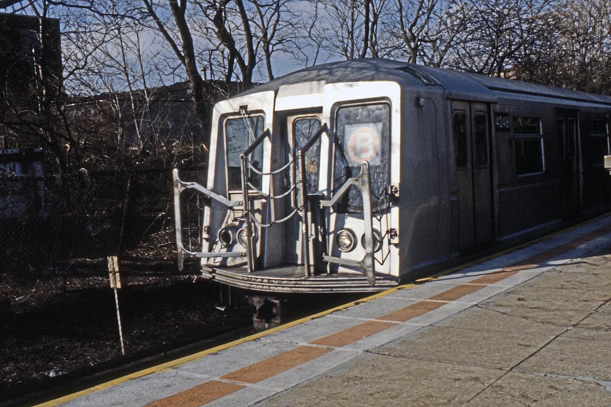 (294k, 1024x692)<br><b>Country:</b> United States<br><b>City:</b> New York<br><b>System:</b> New York City Transit<br><b>Line:</b> BMT West End Line<br><b>Location:</b> 9th Avenue <br><b>Route:</b> B<br><b>Car:</b> R-40 (St. Louis, 1968)  4248 <br><b>Collection of:</b> Collection of nycsubway.org <br><b>Notes:</b> 1980s<br><b>Viewed (this week/total):</b> 1 / 1912