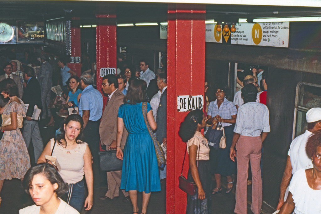 (268k, 1024x691)<br><b>Country:</b> United States<br><b>City:</b> New York<br><b>System:</b> New York City Transit<br><b>Location:</b> DeKalb Avenue<br><b>Collection of:</b> Collection of nycsubway.org <br><b>Notes:</b> 1980s<br><b>Viewed (this week/total):</b> 1 / 3199