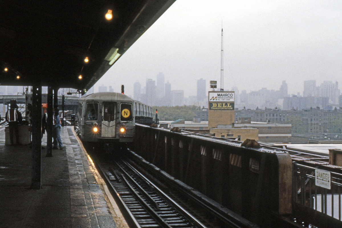 (341k, 1024x683)<br><b>Country:</b> United States<br><b>City:</b> New York<br><b>System:</b> New York City Transit<br><b>Line:</b> BMT Astoria Line<br><b>Location:</b> Queensborough Plaza <br><b>Route:</b> N<br><b>Car:</b> R-68/R-68A Series (Number Unknown)  <br><b>Collection of:</b> Collection of nycsubway.org <br><b>Notes:</b> 1980s<br><b>Viewed (this week/total):</b> 6 / 2995