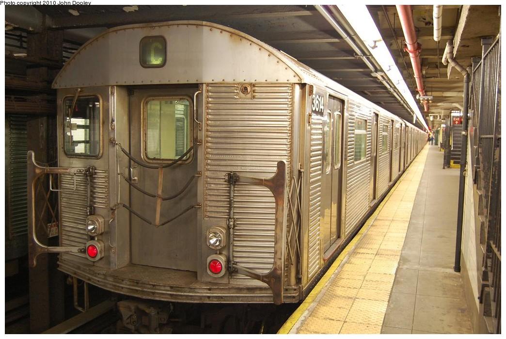 (241k, 1044x699)<br><b>Country:</b> United States<br><b>City:</b> New York<br><b>System:</b> New York City Transit<br><b>Line:</b> IND 8th Avenue Line<br><b>Location:</b> 168th Street <br><b>Route:</b> C<br><b>Car:</b> R-32 (Budd, 1964)  3614 <br><b>Photo by:</b> John Dooley<br><b>Date:</b> 12/3/2010<br><b>Viewed (this week/total):</b> 1 / 1252