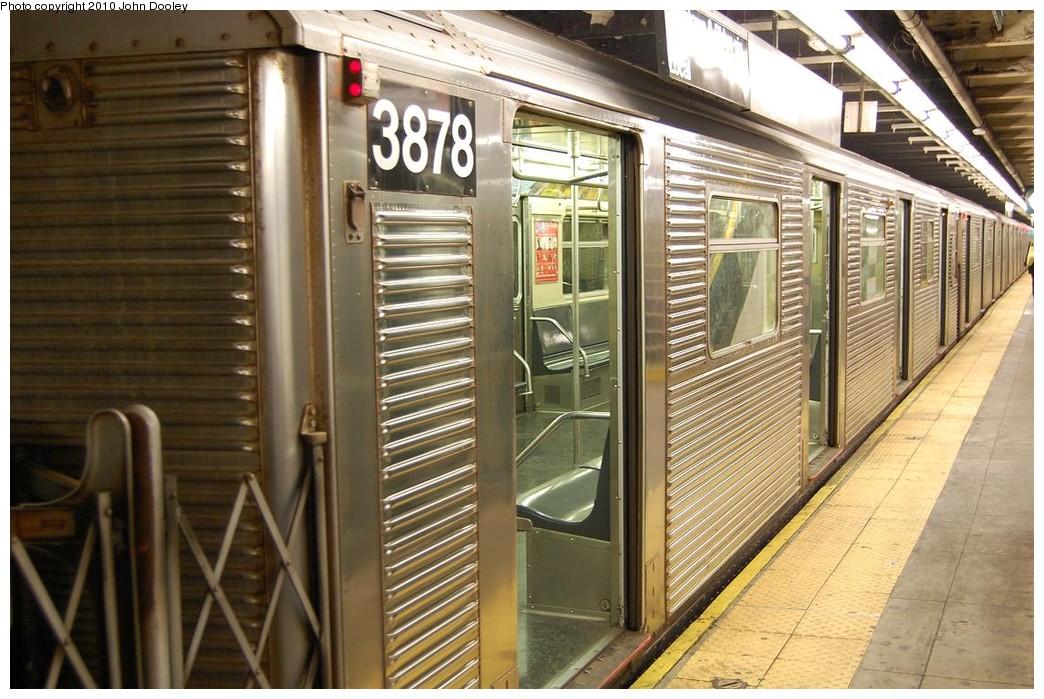 (249k, 1044x699)<br><b>Country:</b> United States<br><b>City:</b> New York<br><b>System:</b> New York City Transit<br><b>Line:</b> IND 8th Avenue Line<br><b>Location:</b> 168th Street <br><b>Route:</b> C<br><b>Car:</b> R-32 (Budd, 1964)  3878 <br><b>Photo by:</b> John Dooley<br><b>Date:</b> 12/3/2010<br><b>Viewed (this week/total):</b> 3 / 1296