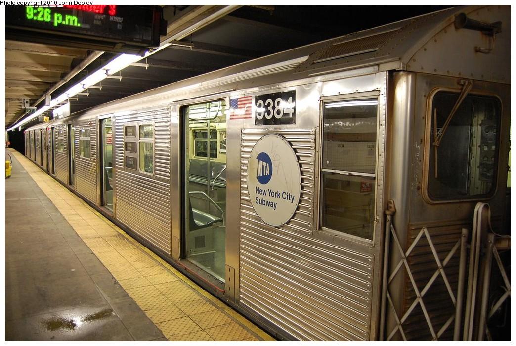 (261k, 1044x699)<br><b>Country:</b> United States<br><b>City:</b> New York<br><b>System:</b> New York City Transit<br><b>Line:</b> IND 8th Avenue Line<br><b>Location:</b> 168th Street <br><b>Route:</b> C<br><b>Car:</b> R-32 (Budd, 1964)  3384 <br><b>Photo by:</b> John Dooley<br><b>Date:</b> 12/3/2010<br><b>Viewed (this week/total):</b> 0 / 1692