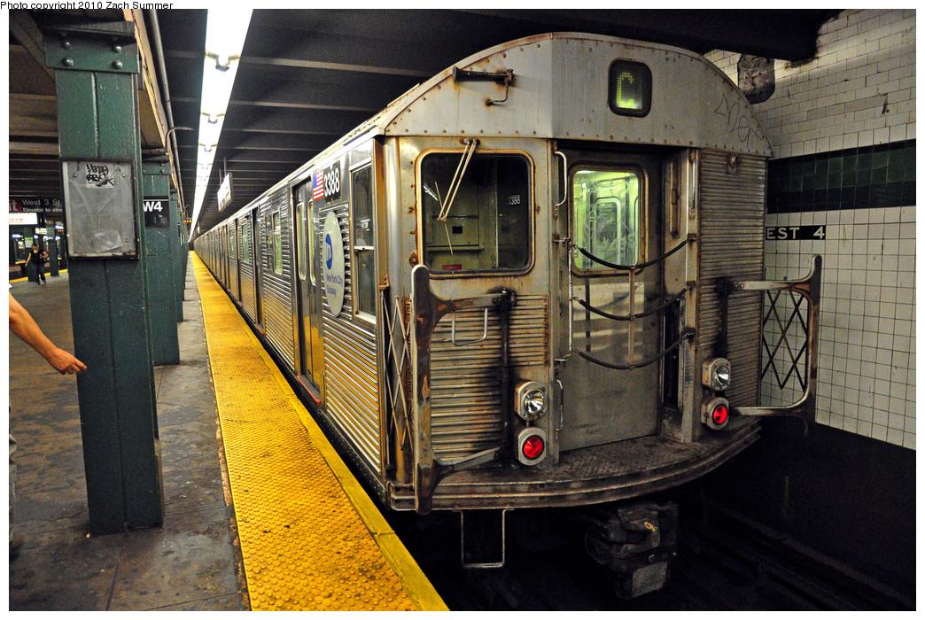 (349k, 1044x700)<br><b>Country:</b> United States<br><b>City:</b> New York<br><b>System:</b> New York City Transit<br><b>Line:</b> IND 8th Avenue Line<br><b>Location:</b> West 4th Street/Washington Square <br><b>Route:</b> C<br><b>Car:</b> R-32 (Budd, 1964)  3388 <br><b>Photo by:</b> Zach Summer<br><b>Date:</b> 7/9/2010<br><b>Viewed (this week/total):</b> 0 / 1073