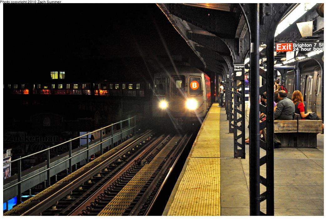 (310k, 1044x700)<br><b>Country:</b> United States<br><b>City:</b> New York<br><b>System:</b> New York City Transit<br><b>Line:</b> BMT Brighton Line<br><b>Location:</b> Brighton Beach <br><b>Route:</b> B<br><b>Car:</b> R-68 (Westinghouse-Amrail, 1986-1988)   <br><b>Photo by:</b> Zach Summer<br><b>Date:</b> 7/8/2010<br><b>Viewed (this week/total):</b> 1 / 1081