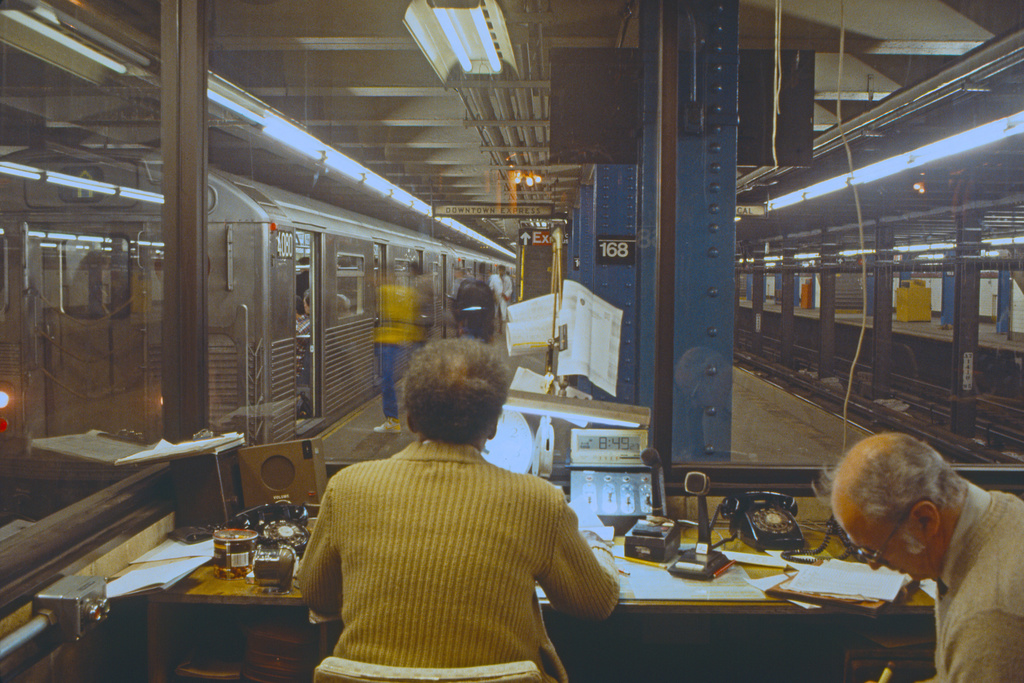 (419k, 1024x683)<br><b>Country:</b> United States<br><b>City:</b> New York<br><b>System:</b> New York City Transit<br><b>Line:</b> IND 8th Avenue Line<br><b>Location:</b> 168th Street <br><b>Route:</b> A<br><b>Car:</b> R-38 (St. Louis, 1966-1967)  4080 <br><b>Collection of:</b> Collection of nycsubway.org <br><b>Notes:</b> 1980s<br><b>Viewed (this week/total):</b> 0 / 3179