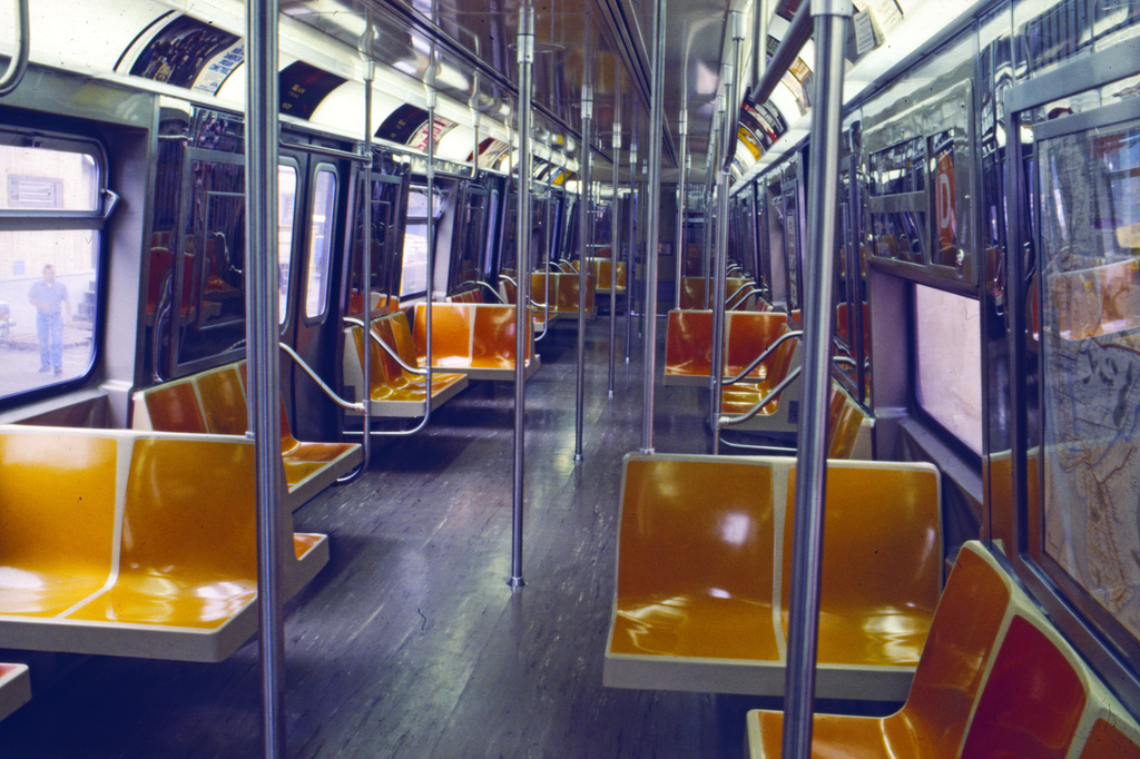 (410k, 1024x682)<br><b>Country:</b> United States<br><b>City:</b> New York<br><b>System:</b> New York City Transit<br><b>Car:</b> R-68/R-68A Series (Number Unknown) Interior <br><b>Collection of:</b> Collection of nycsubway.org <br><b>Notes:</b> 1980s<br><b>Viewed (this week/total):</b> 0 / 2037