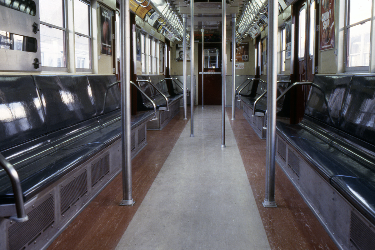 (277k, 1024x693)<br><b>Country:</b> United States<br><b>City:</b> New York<br><b>System:</b> New York City Transit<br><b>Car:</b> R-33 Main Line (St. Louis, 1962-63) Interior <br><b>Collection of:</b> Collection of nycsubway.org <br><b>Notes:</b> 1980s<br><b>Viewed (this week/total):</b> 0 / 1876