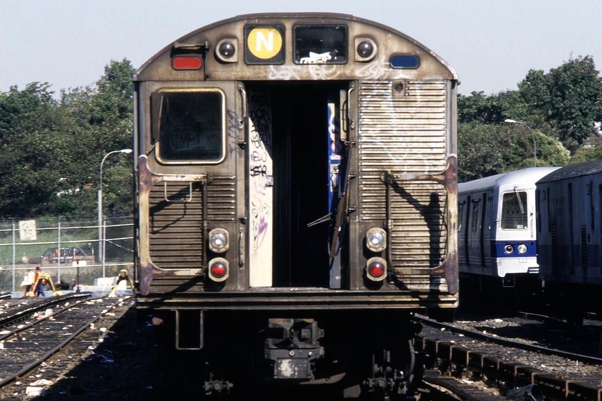 (288k, 690x1024)<br><b>Country:</b> United States<br><b>City:</b> New York<br><b>System:</b> New York City Transit<br><b>Location:</b> Jamaica Yard/Shops<br><b>Car:</b> R-32 (Budd, 1964)   <br><b>Collection of:</b> Collection of nycsubway.org <br><b>Notes:</b> 1980s<br><b>Viewed (this week/total):</b> 5 / 3408