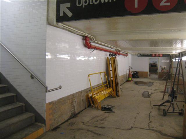 (44k, 640x480)<br><b>Country:</b> United States<br><b>City:</b> New York<br><b>System:</b> New York City Transit<br><b>Line:</b> IRT West Side Line<br><b>Location:</b> 96th Street <br><b>Photo by:</b> David Blair<br><b>Date:</b> 11/6/2010<br><b>Notes:</b> Former main entrance underpass.<br><b>Viewed (this week/total):</b> 0 / 842