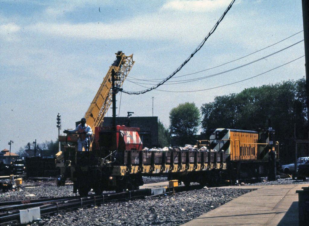 (350k, 1024x750)<br><b>Country:</b> United States<br><b>City:</b> New York<br><b>System:</b> New York City Transit<br><b>Location:</b> 36th Street Yard<br><b>Car:</b> Crane Car  <br><b>Collection of:</b> Collection of nycsubway.org <br><b>Notes:</b> 1980s<br><b>Viewed (this week/total):</b> 0 / 936
