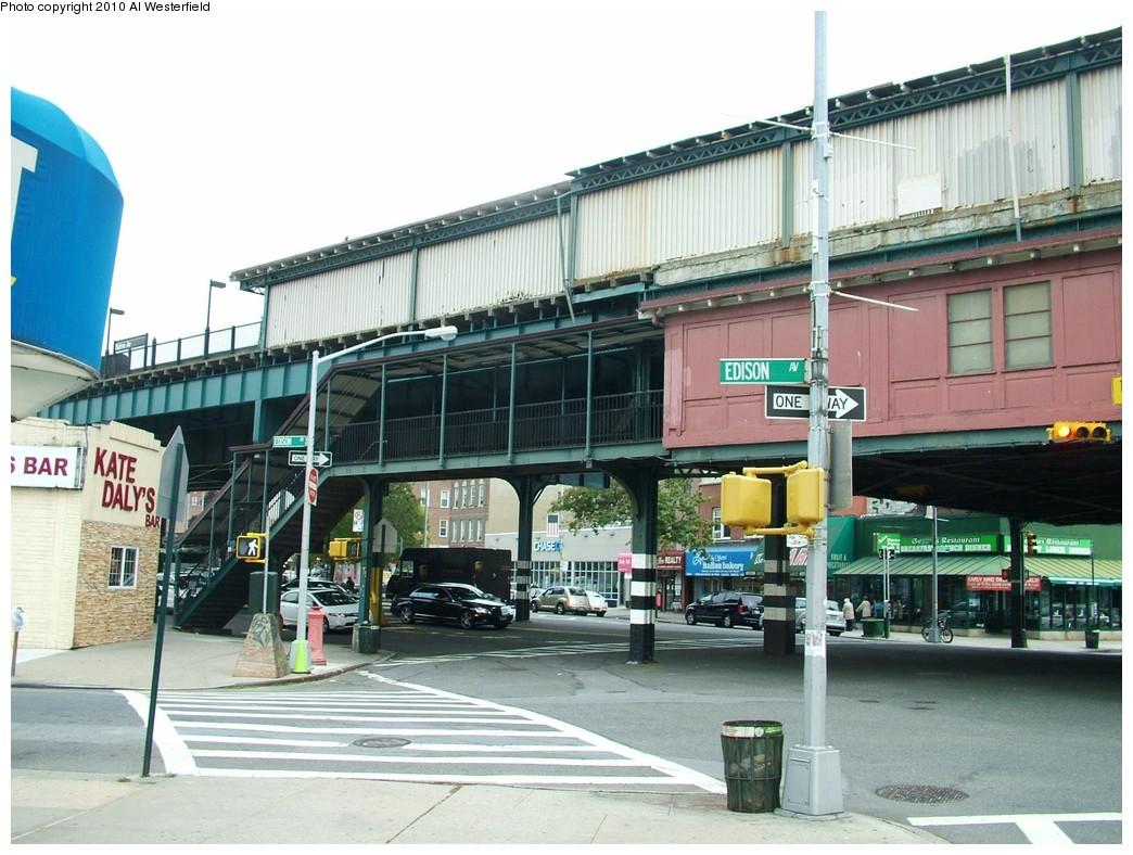 (210k, 1044x788)<br><b>Country:</b> United States<br><b>City:</b> New York<br><b>System:</b> New York City Transit<br><b>Line:</b> IRT Pelham Line<br><b>Location:</b> Buhre Avenue <br><b>Photo by:</b> Al Westerfield<br><b>Date:</b> 2010<br><b>Notes:</b> Mezzanine - Stairway to street.<br><b>Viewed (this week/total):</b> 0 / 868