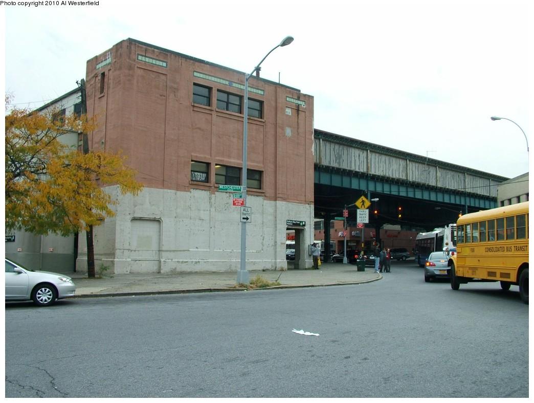 (177k, 1044x788)<br><b>Country:</b> United States<br><b>City:</b> New York<br><b>System:</b> New York City Transit<br><b>Line:</b> IRT Pelham Line<br><b>Location:</b> Pelham Bay Park <br><b>Photo by:</b> Al Westerfield<br><b>Date:</b> 2010<br><b>Notes:</b> Station house.<br><b>Viewed (this week/total):</b> 0 / 1199