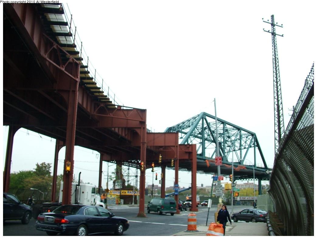 (155k, 1044x788)<br><b>Country:</b> United States<br><b>City:</b> New York<br><b>System:</b> New York City Transit<br><b>Line:</b> IRT Pelham Line<br><b>Location:</b> Whitlock Avenue <br><b>Photo by:</b> Al Westerfield<br><b>Date:</b> 2010<br><b>Notes:</b> View from street.<br><b>Viewed (this week/total):</b> 0 / 1231