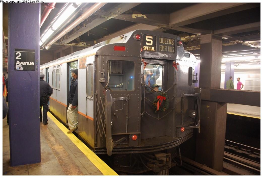 (197k, 1044x705)<br><b>Country:</b> United States<br><b>City:</b> New York<br><b>System:</b> New York City Transit<br><b>Line:</b> IND 6th Avenue Line<br><b>Location:</b> 2nd Avenue <br><b>Route:</b> Museum Train Service<br><b>Car:</b> R-7A (Pullman, 1938)  1575 <br><b>Photo by:</b> Lee Winson<br><b>Date:</b> 12/19/2010<br><b>Viewed (this week/total):</b> 1 / 789