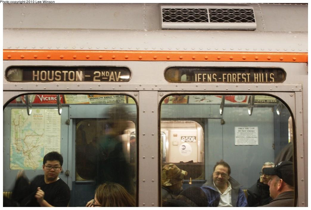 (188k, 1044x705)<br><b>Country:</b> United States<br><b>City:</b> New York<br><b>System:</b> New York City Transit<br><b>Line:</b> IND 6th Avenue Line<br><b>Location:</b> 2nd Avenue <br><b>Route:</b> Museum Train Service<br><b>Car:</b> R-7A (Pullman, 1938)  1575 <br><b>Photo by:</b> Lee Winson<br><b>Date:</b> 12/19/2010<br><b>Viewed (this week/total):</b> 3 / 1413