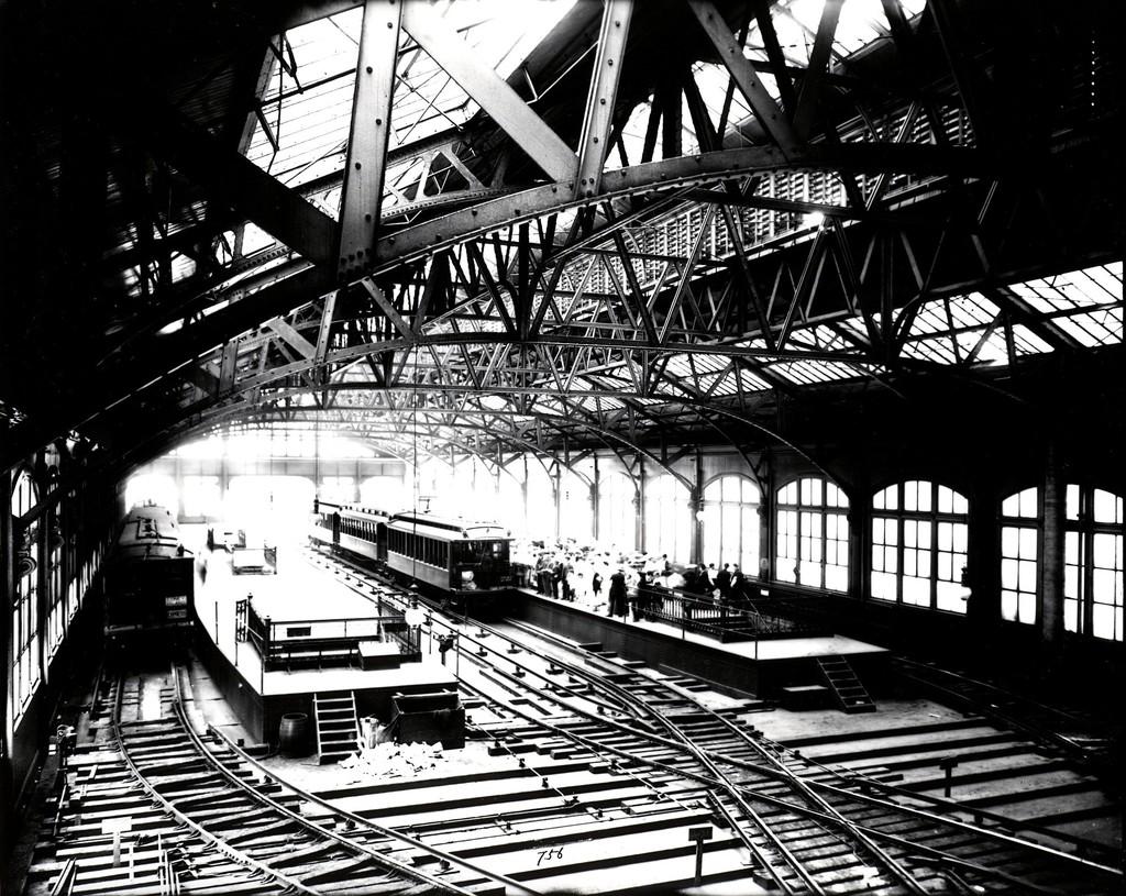 (283k, 1024x815)<br><b>Country:</b> United States<br><b>City:</b> New York<br><b>System:</b> New York City Transit<br><b>Line:</b> BMT Fulton<br><b>Location:</b> City Hall/Park Row <br><b>Car:</b> BMT Elevated Gate Car  <br><b>Collection of:</b> George Conrad Collection<br><b>Viewed (this week/total):</b> 0 / 2704