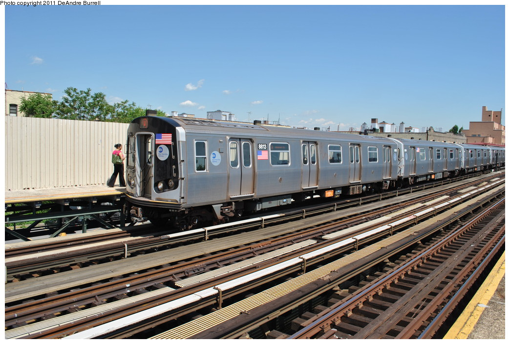 (298k, 1044x705)<br><b>Country:</b> United States<br><b>City:</b> New York<br><b>System:</b> New York City Transit<br><b>Line:</b> BMT Astoria Line<br><b>Location:</b> Broadway <br><b>Route:</b> W<br><b>Car:</b> R-160B (Kawasaki, 2005-2008)  8813 <br><b>Photo by:</b> DeAndre Burrell<br><b>Date:</b> 5/3/2010<br><b>Viewed (this week/total):</b> 0 / 1147