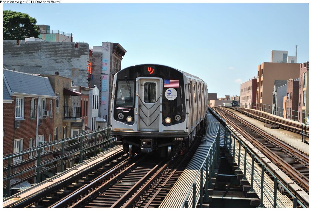 (307k, 1044x705)<br><b>Country:</b> United States<br><b>City:</b> New York<br><b>System:</b> New York City Transit<br><b>Line:</b> BMT Astoria Line<br><b>Location:</b> Astoria Boulevard/Hoyt Avenue <br><b>Route:</b> Q<br><b>Car:</b> R-160B (Kawasaki, 2005-2008)  8783 <br><b>Photo by:</b> DeAndre Burrell<br><b>Date:</b> 5/3/2010<br><b>Viewed (this week/total):</b> 0 / 1139