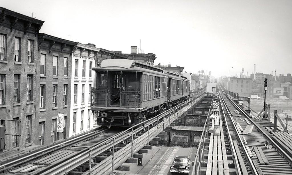 (185k, 1024x613)<br><b>Country:</b> United States<br><b>City:</b> New York<br><b>System:</b> New York City Transit<br><b>Line:</b> BMT Myrtle Avenue Line<br><b>Location:</b> Washington Avenue <br><b>Car:</b> BMT Elevated Gate Car  <br><b>Collection of:</b> George Conrad Collection<br><b>Date:</b> 8/3/1957<br><b>Viewed (this week/total):</b> 0 / 1947