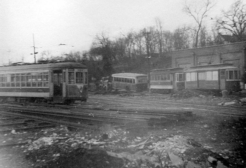(104k, 800x548)<br><b>Country:</b> United States<br><b>System:</b> Third Avenue Railway System (TARS)<br><b>Car:</b> TARS  <br><b>Notes:</b> Garden Ave Yard<br><b>Viewed (this week/total):</b> 0 / 695