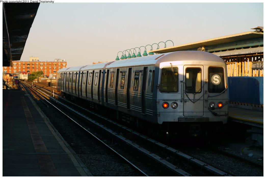 (182k, 1044x703)<br><b>Country:</b> United States<br><b>City:</b> New York<br><b>System:</b> New York City Transit<br><b>Line:</b> IND Rockaway<br><b>Location:</b> Beach 105th Street/Seaside <br><b>Route:</b> S<br><b>Car:</b> R-46 (Pullman-Standard, 1974-75)  <br><b>Photo by:</b> David Tropiansky<br><b>Date:</b> 8/27/2010<br><b>Viewed (this week/total):</b> 2 / 916