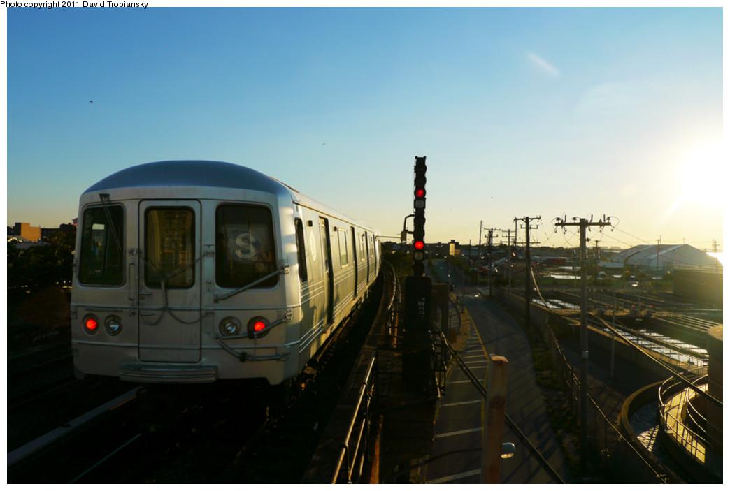 (170k, 1044x703)<br><b>Country:</b> United States<br><b>City:</b> New York<br><b>System:</b> New York City Transit<br><b>Line:</b> IND Rockaway<br><b>Location:</b> Beach 105th Street/Seaside <br><b>Route:</b> S<br><b>Car:</b> R-46 (Pullman-Standard, 1974-75)  <br><b>Photo by:</b> David Tropiansky<br><b>Date:</b> 8/27/2010<br><b>Viewed (this week/total):</b> 0 / 928