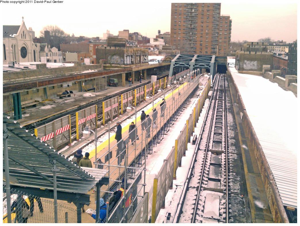 (365k, 1044x788)<br><b>Country:</b> United States<br><b>City:</b> New York<br><b>System:</b> New York City Transit<br><b>Line:</b> IND Crosstown Line<br><b>Location:</b> 4th Avenue <br><b>Photo by:</b> David-Paul Gerber<br><b>Date:</b> 1/17/2011<br><b>Notes:</b> View of temporary platform.<br><b>Viewed (this week/total):</b> 0 / 1342