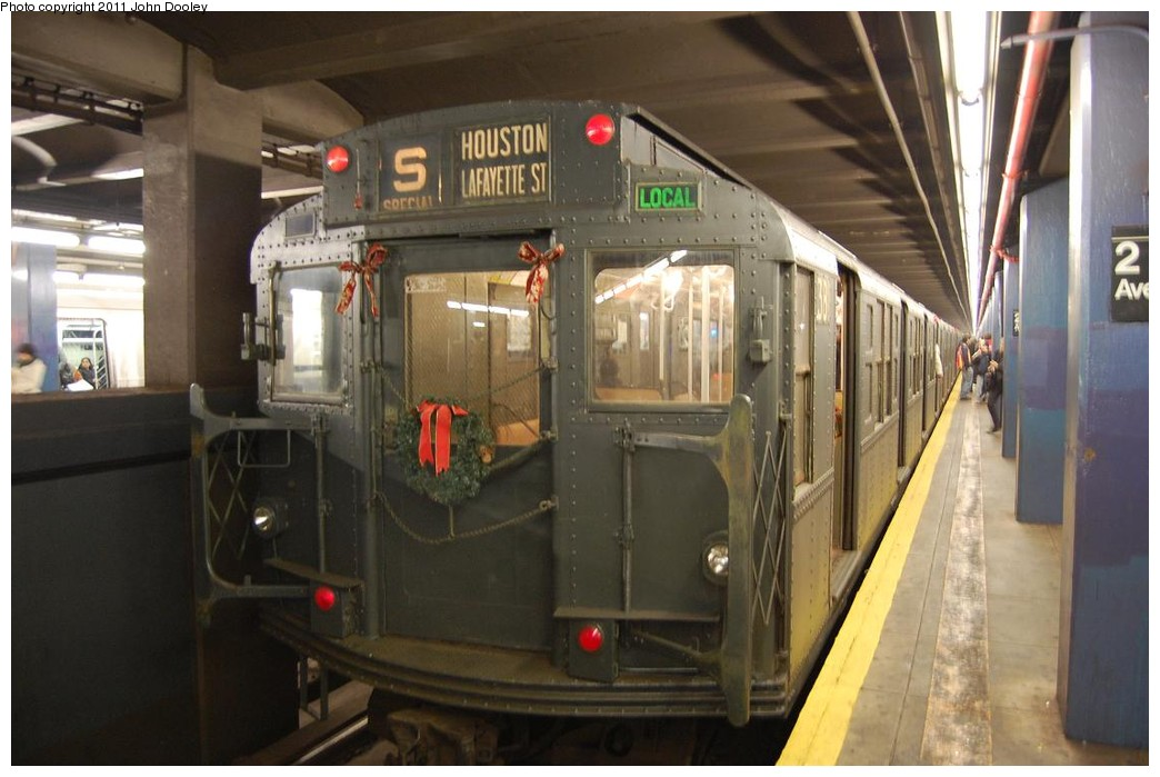 (193k, 1044x699)<br><b>Country:</b> United States<br><b>City:</b> New York<br><b>System:</b> New York City Transit<br><b>Line:</b> IND 6th Avenue Line<br><b>Location:</b> 2nd Avenue <br><b>Route:</b> Museum Train Service<br><b>Car:</b> R-1 (American Car & Foundry, 1930-1931) 381 <br><b>Photo by:</b> John Dooley<br><b>Date:</b> 12/26/2010<br><b>Viewed (this week/total):</b> 0 / 965