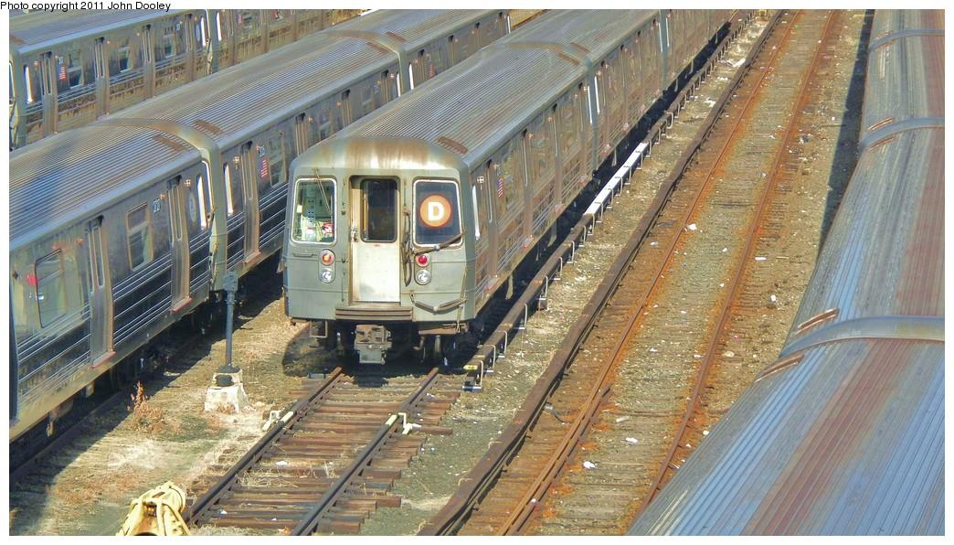 (255k, 1044x596)<br><b>Country:</b> United States<br><b>City:</b> New York<br><b>System:</b> New York City Transit<br><b>Location:</b> Concourse Yard<br><b>Car:</b> R-68 (Westinghouse-Amrail, 1986-1988)  2750 <br><b>Photo by:</b> John Dooley<br><b>Date:</b> 10/29/2010<br><b>Viewed (this week/total):</b> 1 / 760