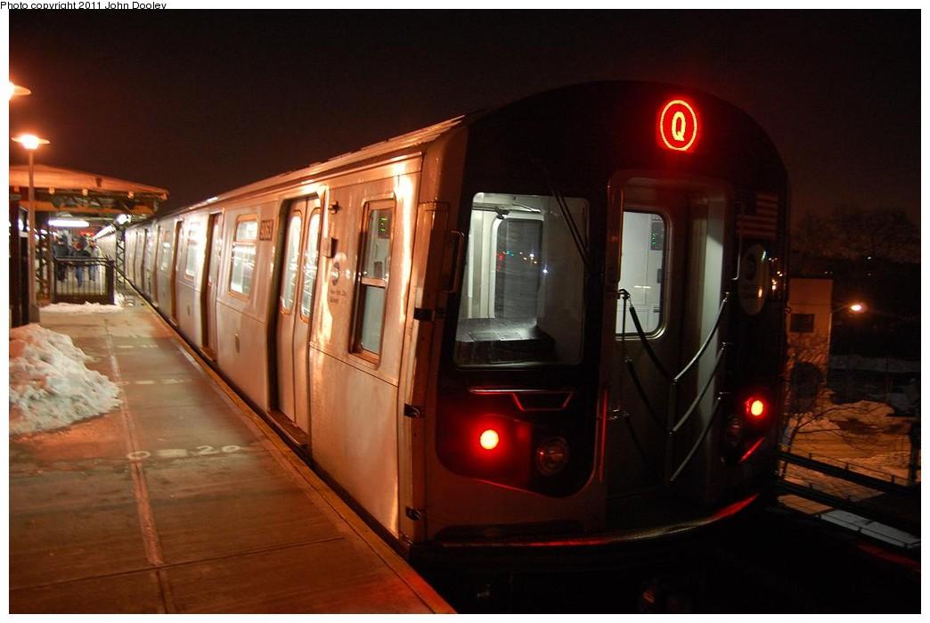 (178k, 1044x699)<br><b>Country:</b> United States<br><b>City:</b> New York<br><b>System:</b> New York City Transit<br><b>Line:</b> BMT West End Line<br><b>Location:</b> 62nd Street <br><b>Route:</b> Q reroute<br><b>Car:</b> R-160B (Option 1) (Kawasaki, 2008-2009)  9063 <br><b>Photo by:</b> John Dooley<br><b>Date:</b> 12/29/2010<br><b>Viewed (this week/total):</b> 1 / 972