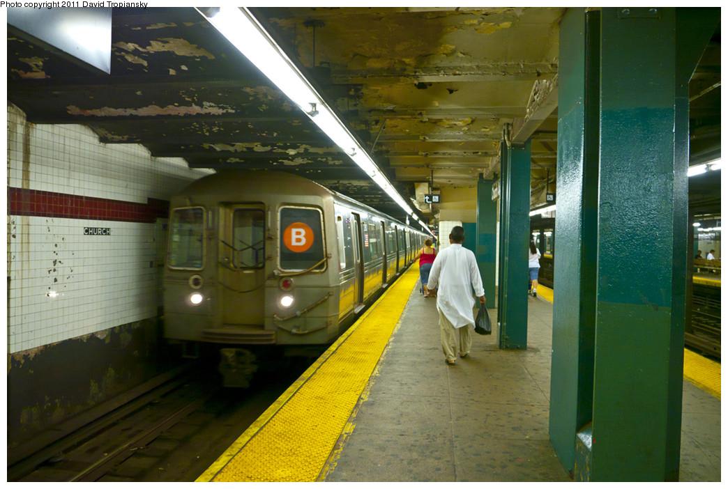 (255k, 1044x702)<br><b>Country:</b> United States<br><b>City:</b> New York<br><b>System:</b> New York City Transit<br><b>Line:</b> IND Crosstown Line<br><b>Location:</b> Church Avenue <br><b>Route:</b> B reroute<br><b>Car:</b> R-68/R-68A Series (Number Unknown)  <br><b>Photo by:</b> David Tropiansky<br><b>Date:</b> 7/23/2010<br><b>Viewed (this week/total):</b> 0 / 1604