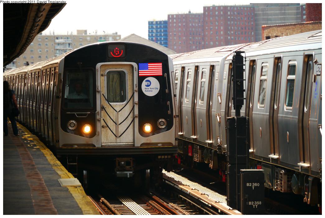 (268k, 1044x702)<br><b>Country:</b> United States<br><b>City:</b> New York<br><b>System:</b> New York City Transit<br><b>Line:</b> BMT Culver Line<br><b>Location:</b> Avenue X <br><b>Route:</b> G<br><b>Car:</b> R-160A/R-160B Series (Number Unknown)  <br><b>Photo by:</b> David Tropiansky<br><b>Date:</b> 7/31/2010<br><b>Viewed (this week/total):</b> 0 / 850
