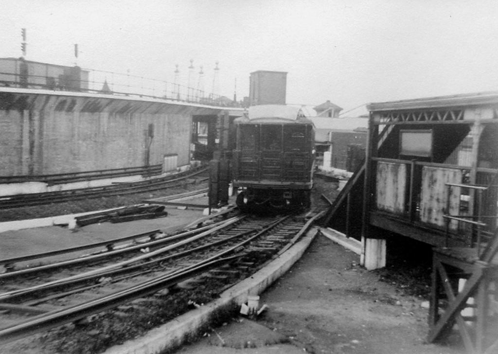 (156k, 1024x728)<br><b>Country:</b> United States<br><b>City:</b> New York<br><b>System:</b> New York City Transit<br><b>Location:</b> Coney Island/Stillwell Avenue<br><b>Car:</b> BMT Elevated Gate Car  <br><b>Viewed (this week/total):</b> 0 / 1360