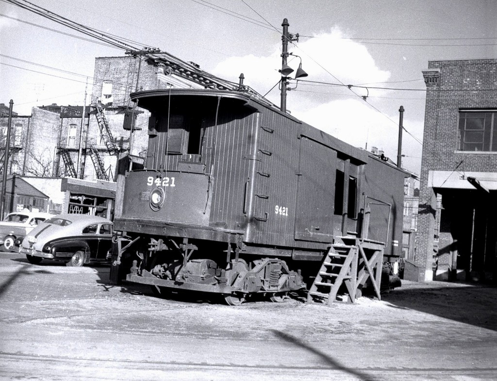 (256k, 1024x785)<br><b>Country:</b> United States<br><b>City:</b> New York<br><b>System:</b> Brooklyn & Queens Transit<br><b>Car:</b> SBK Box Cab 9421 <br><b>Collection of:</b> George Conrad Collection<br><b>Notes:</b> Box motor - Canarsie Depot 1939<br><b>Viewed (this week/total):</b> 2 / 616