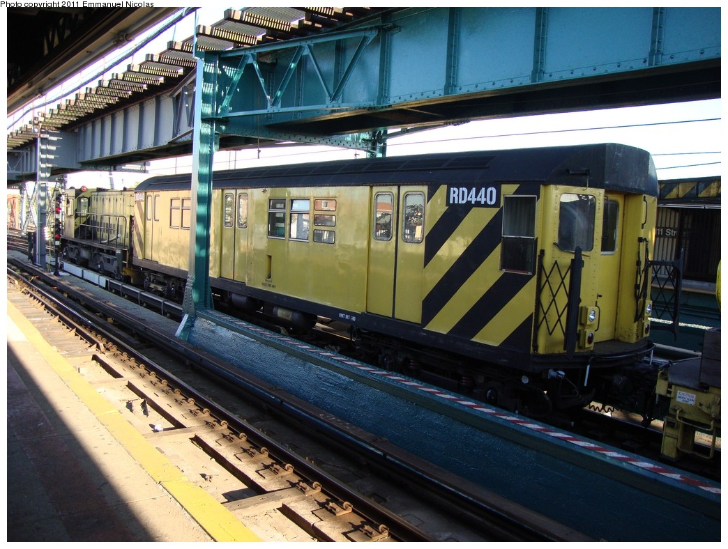 (260k, 1044x788)<br><b>Country:</b> United States<br><b>City:</b> New York<br><b>System:</b> New York City Transit<br><b>Line:</b> IRT Flushing Line<br><b>Location:</b> 111th Street <br><b>Route:</b> Work Service<br><b>Car:</b> R-161 Rider Car (ex-R-33)  RD440 <br><b>Photo by:</b> Emmanuel Nicolas<br><b>Date:</b> 10/10/2010<br><b>Viewed (this week/total):</b> 2 / 1409