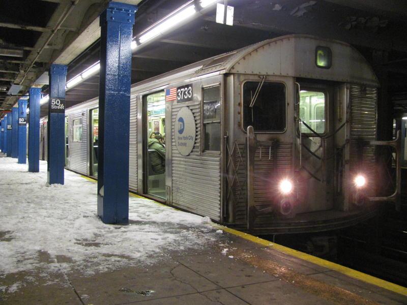 (78k, 800x600)<br><b>Country:</b> United States<br><b>City:</b> New York<br><b>System:</b> New York City Transit<br><b>Line:</b> IND Queens Boulevard Line<br><b>Location:</b> 50th Street <br><b>Route:</b> C<br><b>Car:</b> R-32 (Budd, 1964)  3733 <br><b>Photo by:</b> Steven Cruz<br><b>Date:</b> 12/27/2010<br><b>Viewed (this week/total):</b> 1 / 2085