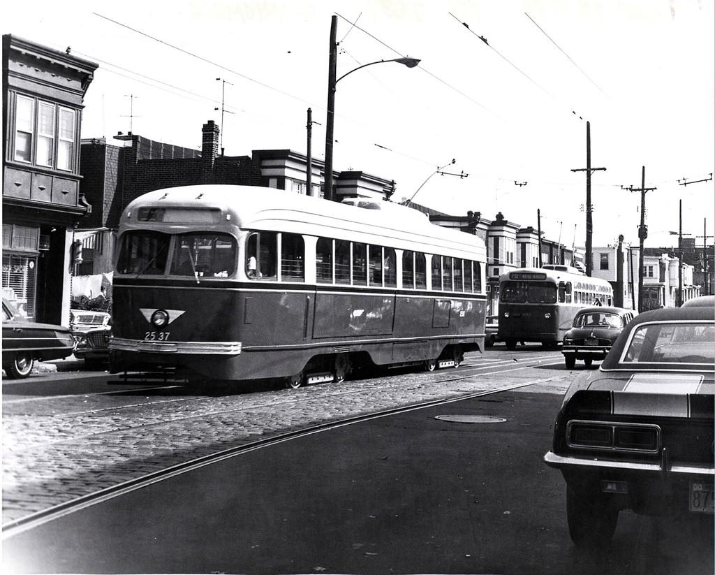 (220k, 1024x823)<br><b>Country:</b> United States<br><b>City:</b> Philadelphia, PA<br><b>System:</b> SEPTA (or Predecessor)<br><b>Line:</b> Rt. 50-Rising Sun <br><b>Location:</b> Wyoming/5th <br><b>Car:</b> PTC/SEPTA Pre-war Air-car PCC (St.Louis, 1940)  2537 <br><b>Collection of:</b> George Conrad Collection<br><b>Date:</b> 9/28/1968<br><b>Viewed (this week/total):</b> 0 / 739
