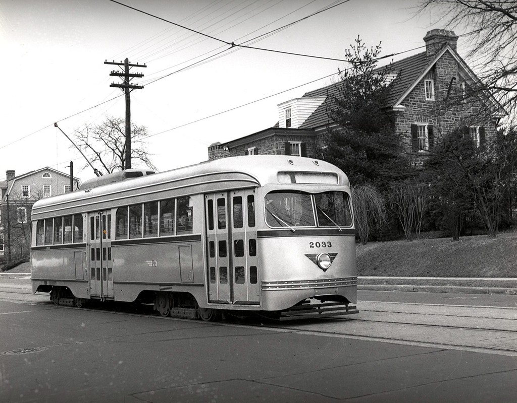 (231k, 1024x800)<br><b>Country:</b> United States<br><b>City:</b> Philadelphia, PA<br><b>System:</b> SEPTA (or Predecessor)<br><b>Car:</b> PTC/SEPTA Pre-war Air-car PCC (St.Louis, 1941)  2033 <br><b>Collection of:</b> George Conrad Collection<br><b>Viewed (this week/total):</b> 1 / 645
