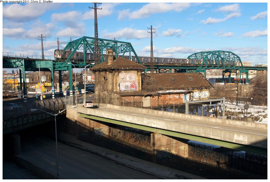 (303k, 1044x703)<br><b>Country:</b> United States<br><b>City:</b> New York<br><b>System:</b> New York City Transit<br><b>Line:</b> IRT Pelham Line<br><b>Location:</b> Whitlock Avenue <br><b>Route:</b> 6<br><b>Car:</b> R-142 or R-142A (Number Unknown)  <br><b>Photo by:</b> Chris C. Shaffer<br><b>Date:</b> 2/8/2011<br><b>Viewed (this week/total):</b> 2 / 1178