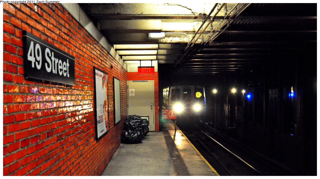 (266k, 1044x585)<br><b>Country:</b> United States<br><b>City:</b> New York<br><b>System:</b> New York City Transit<br><b>Line:</b> BMT Broadway Line<br><b>Location:</b> 49th Street <br><b>Route:</b> R<br><b>Car:</b> R-46 (Pullman-Standard, 1974-75) 5568 <br><b>Photo by:</b> Zach Summer<br><b>Date:</b> 1/3/2011<br><b>Viewed (this week/total):</b> 0 / 2072